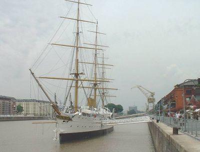 Puerto Madero - Fragata Sarmiento